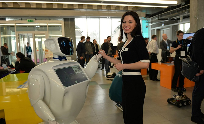 The IIDF invested in the growing market of service robots, having purchased 15.5% of Promobot company