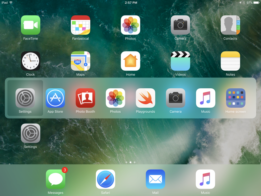 The device screen with iOS 10, (2016)
