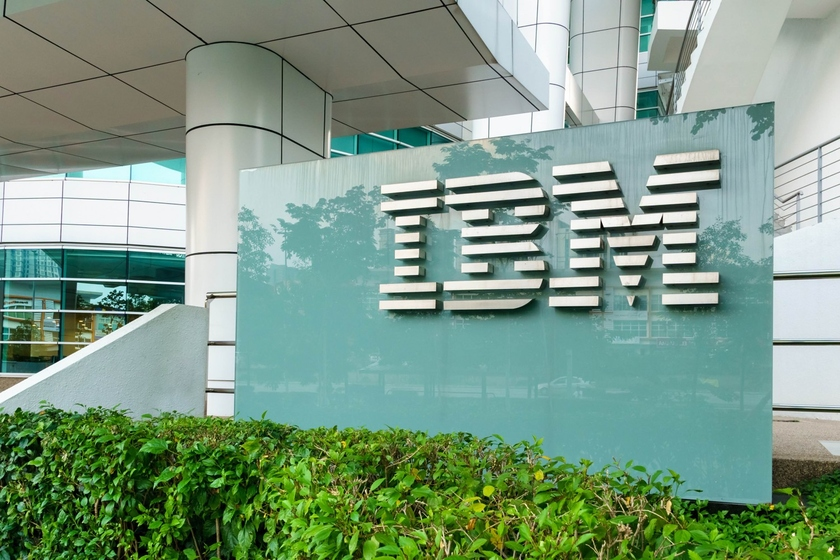 IBM announced creation a blockchain ecosystem for health care in cooperation with the American insurance companies Aetna, Anthem and Healthcare Service Corporation (HCSC) and also with large finance corporation PNC Bank