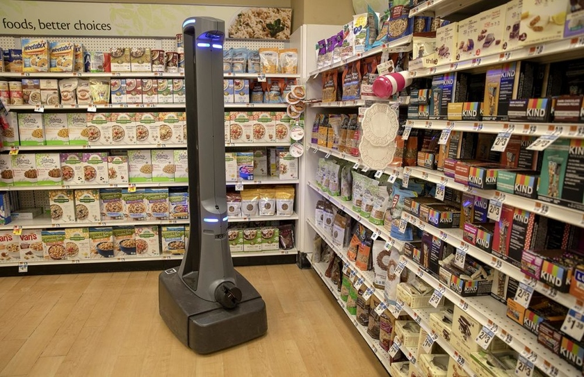 Giant retailers actively master robots