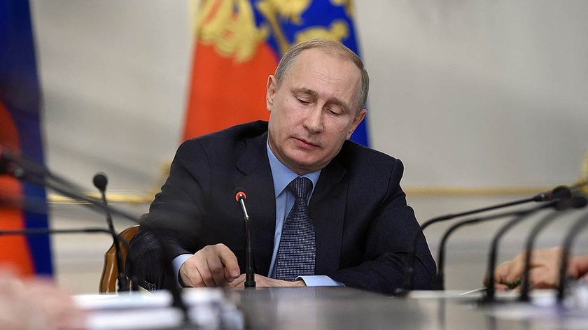 Putin did not give to operators of frequency for a 5G which Roskosmos and the Ministry of Defence use